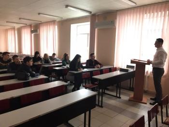 Чорноморський рибоохоронний патруль розповів студентам про захист прав людини